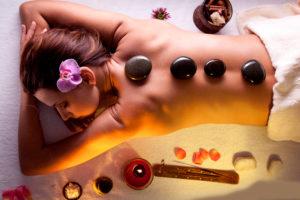 использование горячих камней для массажа